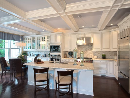 Hornrock Legacy Kitchen 3_HDR2.jpg