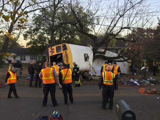 APTOPIX Chattanooga Bus Crash (3)