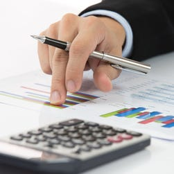 Estimating investment returns tricky, even for pros