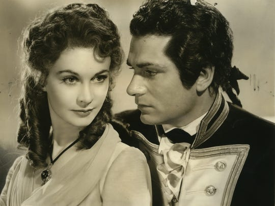 """Vivien Leigh and Laurence Olivier play two of history's star-crossed lovers in """"That Hamilton Woman."""""""
