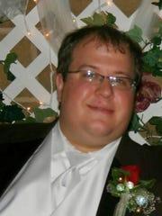 Michael Placek, a De Pere resident, died Dec. 2 at age 34.
