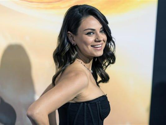 Mila Kunis-Stalking