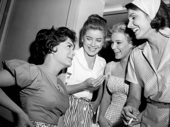 Connie Francis, left, Dolores Hart, Yvette Mimieux, and Paula Prentiss on the set of Where The Boys Are, 1960