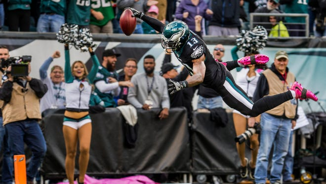 Philadelphia Eagles returner Josh Huff dives and flips into the end zone for a touchdown in the second quarter of the Eagles 21-10 win over the Vikings at Lincoln Financial Field in Philadelphia on Sunday afternoon, October 23, 2016.