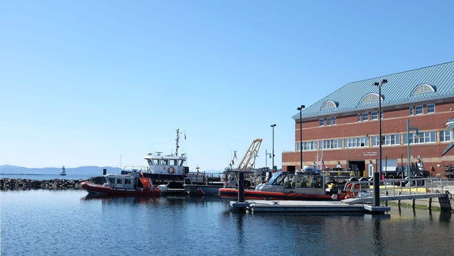 File: A 29-foot response boat crew from Coast Guard Station Burlington.