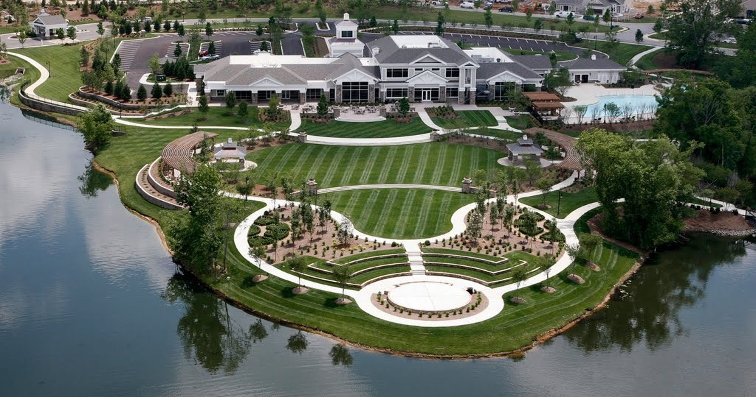 del webb lake providence built out and independent
