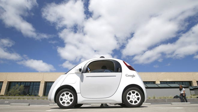 Google's self-driving car just got a boost from the National Highway Traffic Safety Administration.