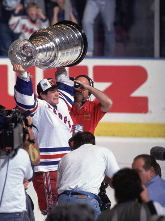 richter-with-cup.jpg