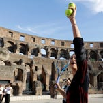 Fognini wins to set up meeting with Murray in Rome
