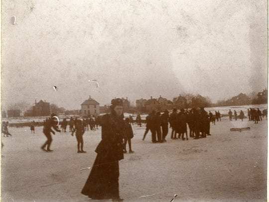 Ice skating on Doling Park lake a few days before Springfield dropped to 29 below zero on Feb. 12, 1899.