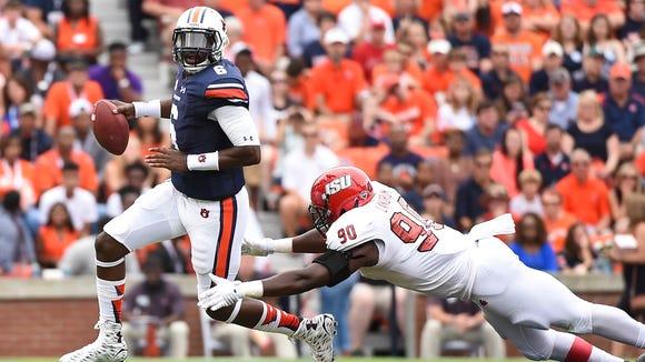 Jeremy Johnson (6) scrambles.  Jacksonville State vs Auburn in Auburn, Ala. on Saturday, Sept. 12, 2015.