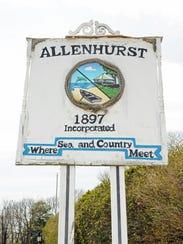 Allenhurst welcome sign on Ocean Avenue.