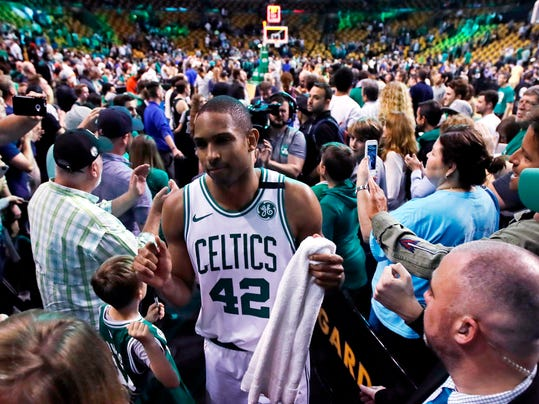 Bucks_Celtics_Basketball_90957.jpg