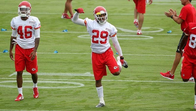 Kansas City Chiefs safety Eric Berry (29) warms up Wednesday. He returned to practice after an eight-month battle with cancer.