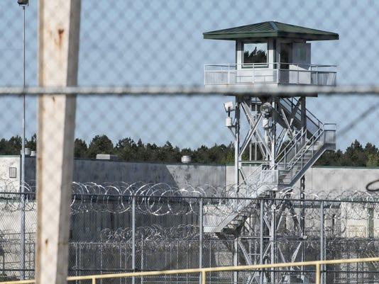 Prison Riot (2)