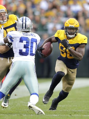 Wm. Glasheen/USA TODAY NETWORK-Wisconsin Packers receiver Ty Montgomery runs as Jordy Nelson blocks Cowboys cornerback Anthony Brown in the second half. Green Bay Packers receiver Ty Montgomery runs as Jordy Nelson blocks Dallas Cowboys cornerback Anthony Brown following a reception in the second half at Lambeau Field.