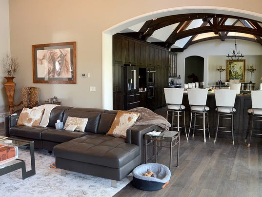Cool Spaces 10800 Square Feet Dream Home Overlooks 200