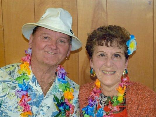 Earl-and-Janice-Pipen-of-Minotola-50th-anniversary.jpg