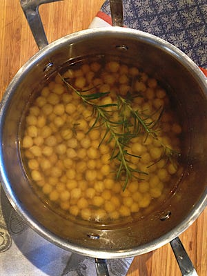 Soaking dried chickpeas first reduces the cooking time.