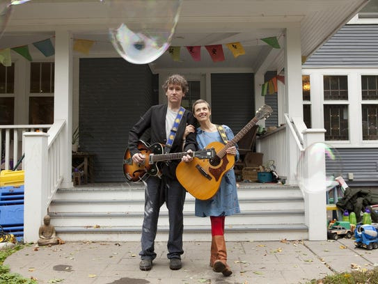The Weepies, Steve Tannen, left, and Deb Talan, right,