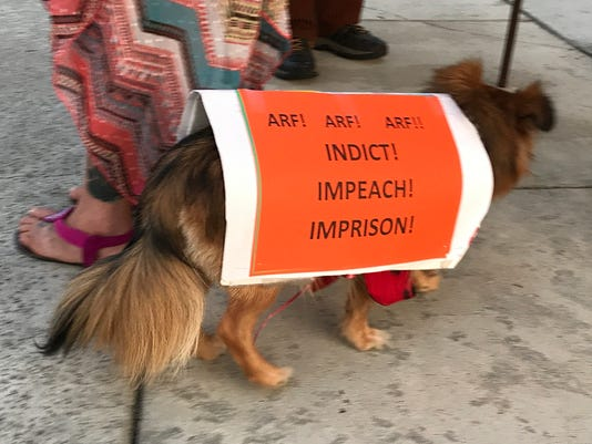636675601780323120-dogprotest.JPG