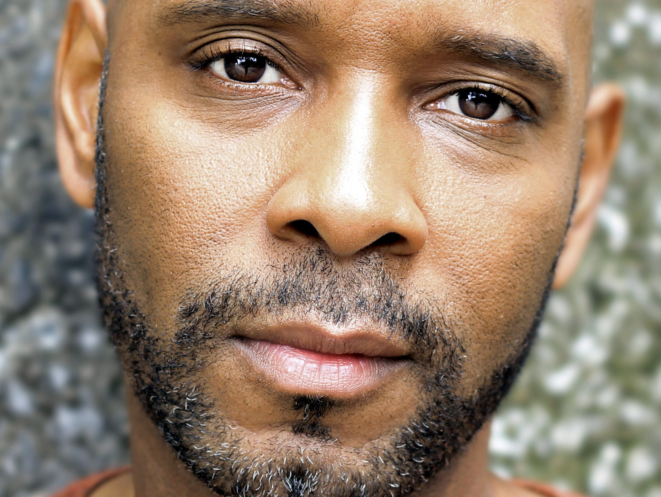 David Chattam will portray former Pearl High and Vanderbilt star Perry Wallace in a play based on Wallace's life.