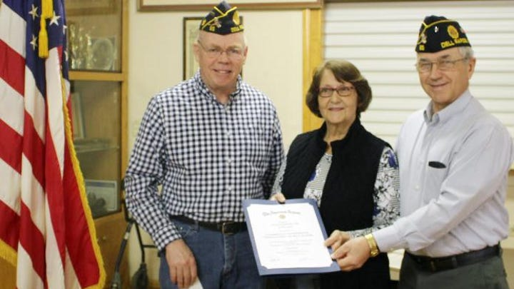 Dell Rapids food pantry receives Legion award