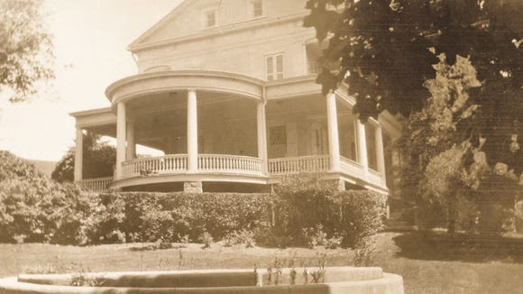 Don't miss photos of the Emig Mansion on the Preserving York blog.