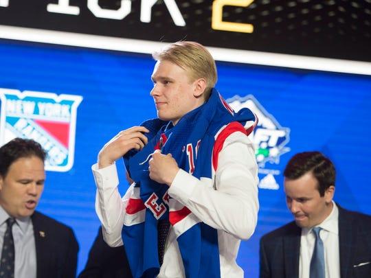 NHL_Draft_Hockey_35243.jpg