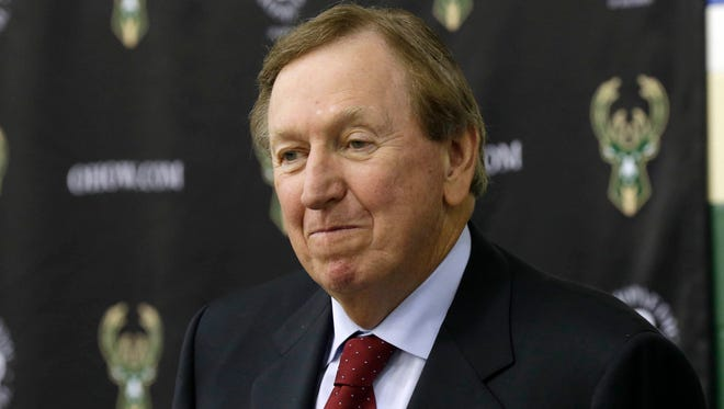 Longtime NBA executive Rod Thorn, a special consultant to the Bucks, reportedly will lead the search for a new GM in Milwaukee to replace John Hammond.