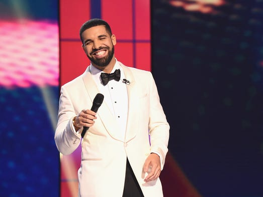 Host Drake speaks on stage during the 2017 NBA Awards.