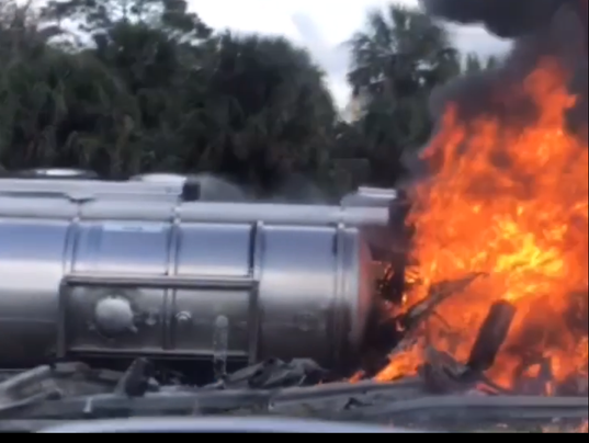 Tanker fire on I-95