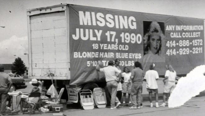 Banners hang on semi trailers along I-94 in 1990 in Racine County and in Fond du Lac to aid in the search for 18-year-old Berit Beck of Sturtevant.