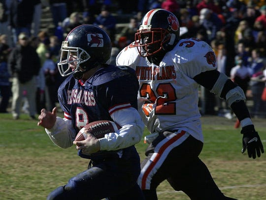 During the 2000 Turkey Bowl, Stepinac's Tyler Nugent