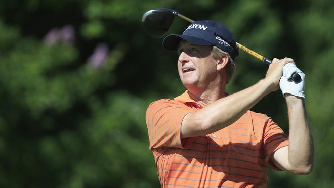 Shreveport's David Toms opened the FedEx St. Jude Classic with an even-par 70 at TPC Southwind on Thursday in Memphis.