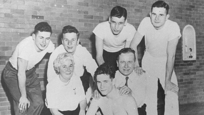 PICTURE TAKEN AT UOFR POOL 1949  (LEFT TO RIGHT)  (TOP): TOM, ROBERT, DICK, WALT  (MIDDLE)  EDITH, EDWARD  (BOTTOM)  JOHN