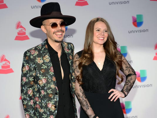 AP MEXICO GRAMMY NOMINATIONS A ENT FILE USA NV