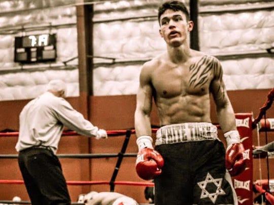 Fleischer in a boxing match.