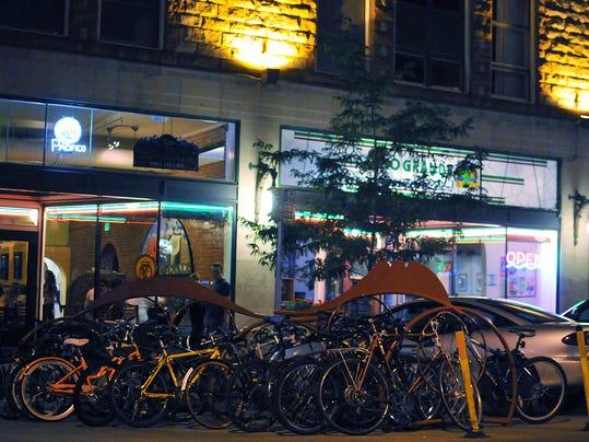 -FTC0729-gg Biking 3.jpg_20120728.jpg