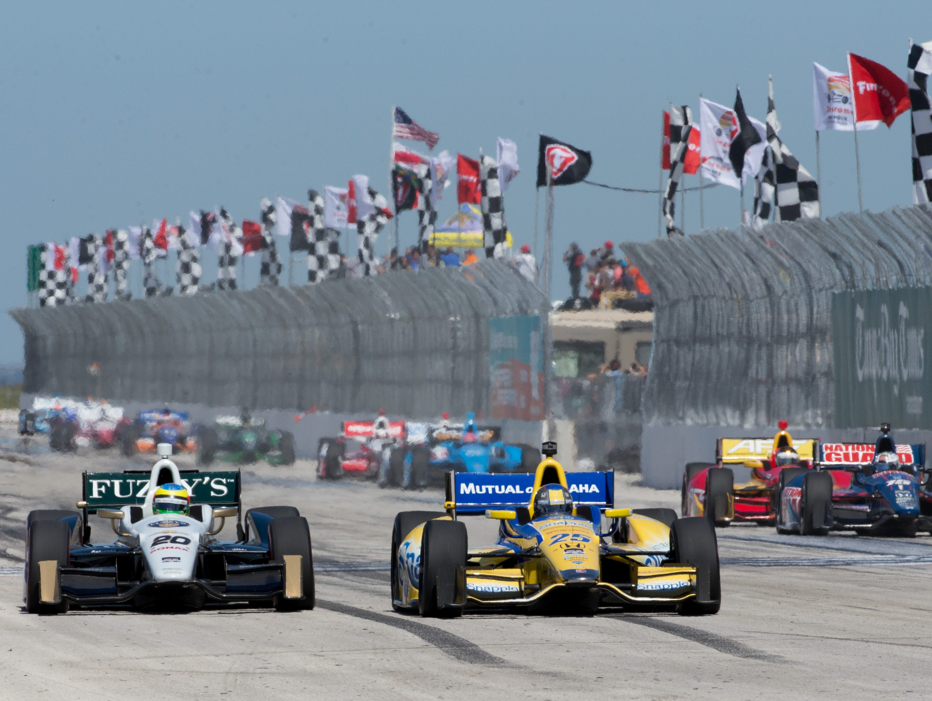 IndyCar's annual race in St. Petersburg is a fan (and reporter) favorite