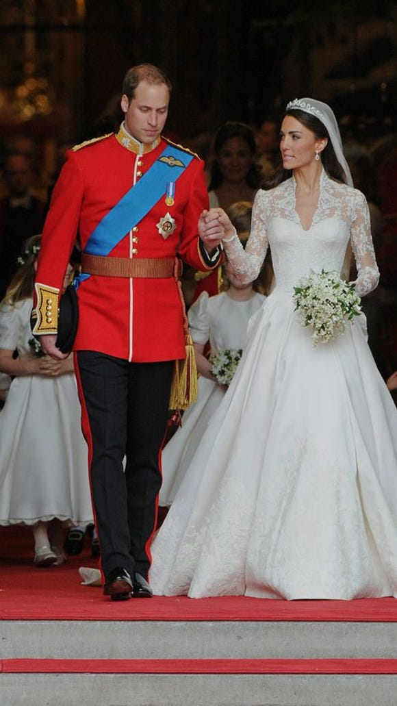 Kate's bouquet has influenced the trend of modified cascade design elements in bridal flowers.