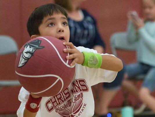 06142018-3-ChrisJansBasketballCamp-3.jpg