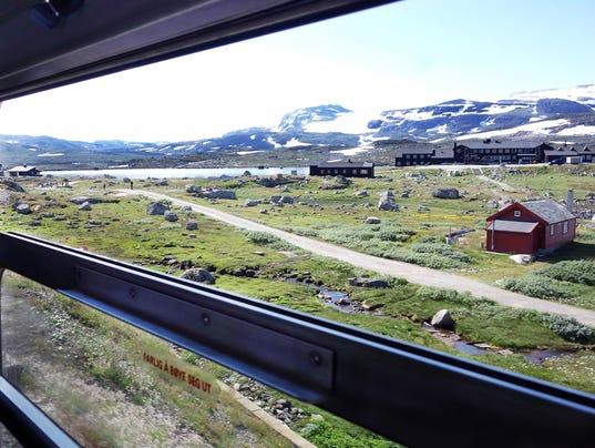 636507743159842360-norway-train-nutshell-102617-rs.jpg