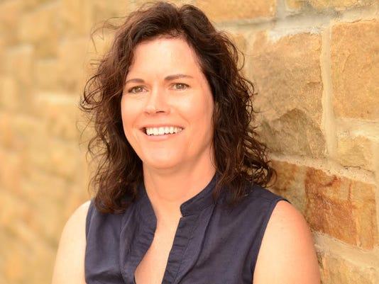 Laura Rowe Portrait.jpg