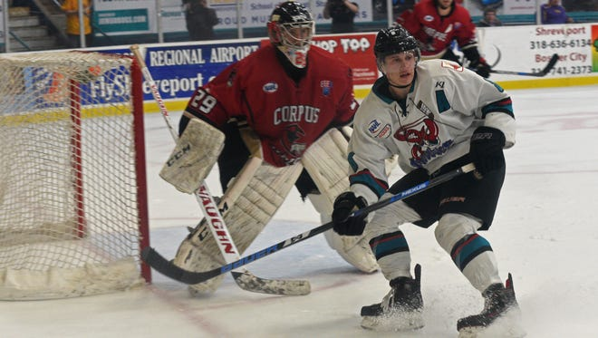 The Shreveport Mudbugs and Corpus Cristi IceRays renew their rivalry with a first-round playoff series beginning Friday on George's Pond at Hirsch Coliseum.