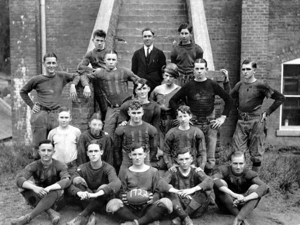 Leon's 1922 team