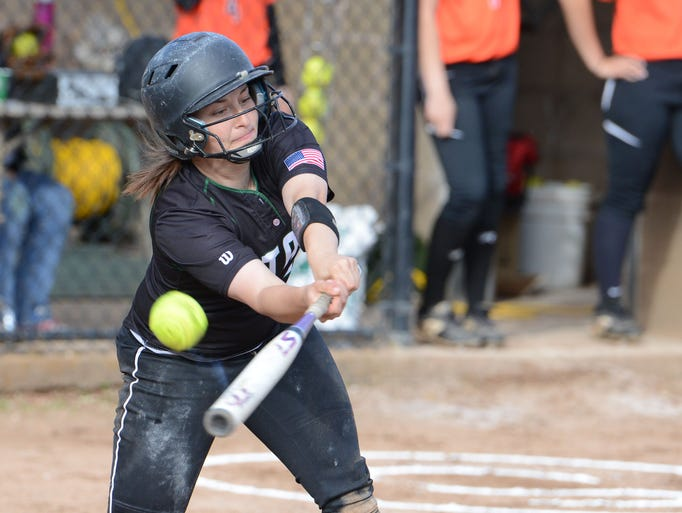 West Salem defeats Sprague 11-1 during a Central Valley Conference game on Monday, May 5, 2014.