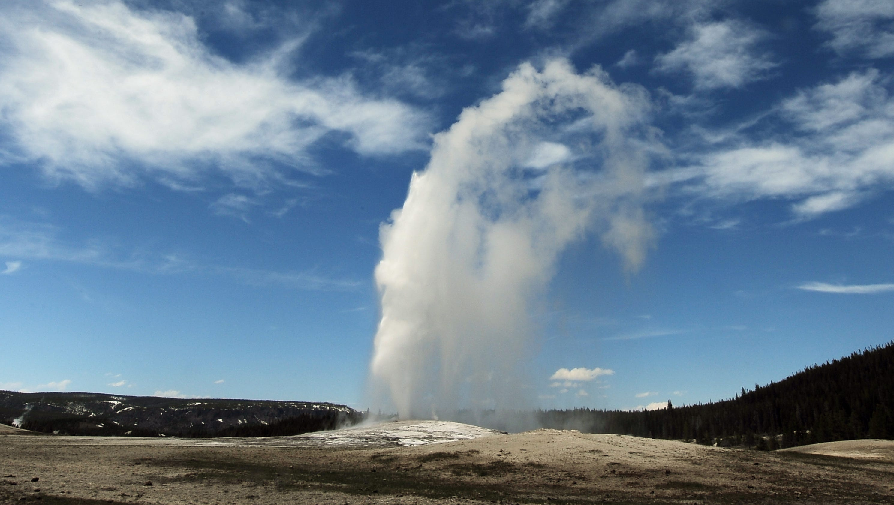 Yellowstone National Park Dizzying Diversity Starts At