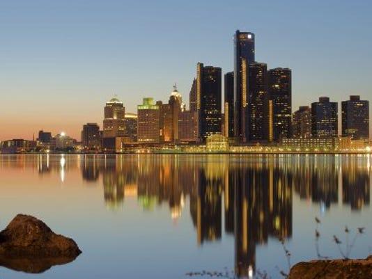 Detroit Skyline1[2].jpg