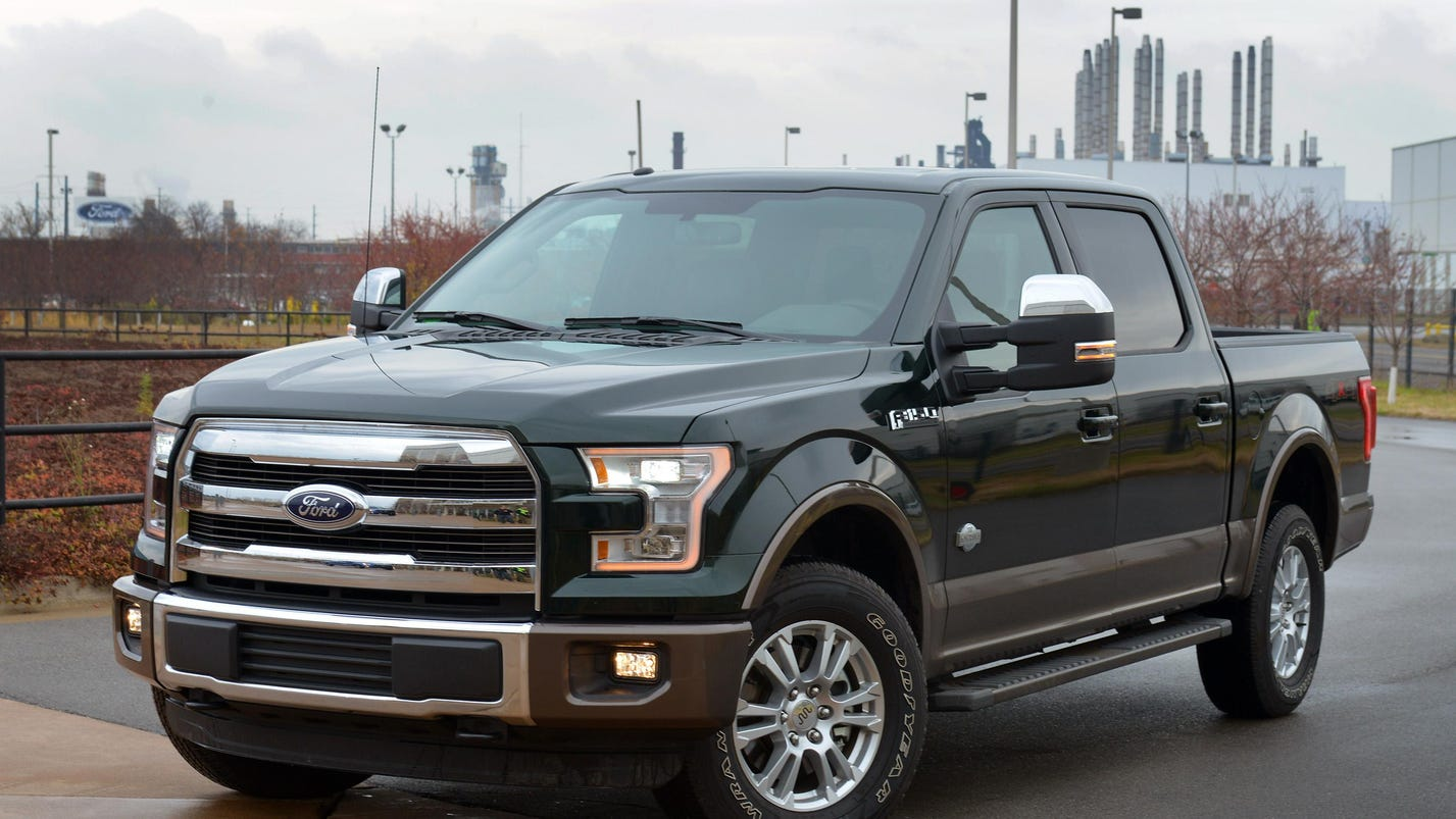 Auto industry sets all-time sales record in 2015